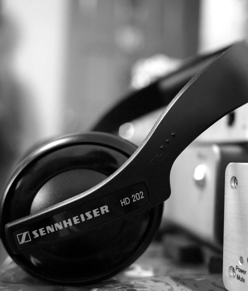 Sennheiser Hd 202 Ii 280 Pro Headphone Hitam