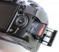 Разъем для карты памяти в фотоаппарате Nikon D3100